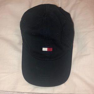 Tommy Hilfiger logo hat
